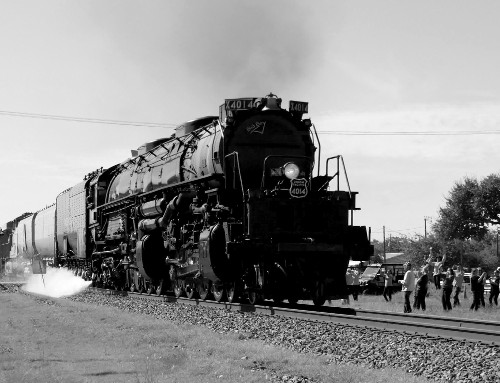 [4014 Passing By Us (BW)]
