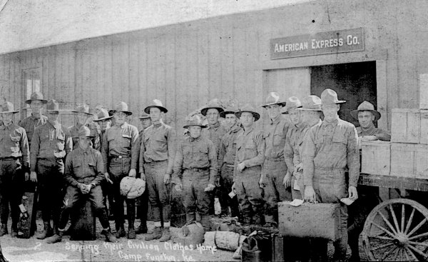 [Camp Funston Soldiers Sending Civilian Clothes Back Home]